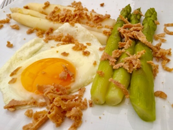 asparagus two ways, tuna, and soft egg